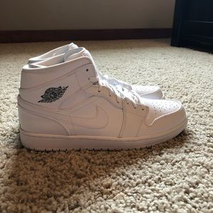 Air Jordan 1's All White